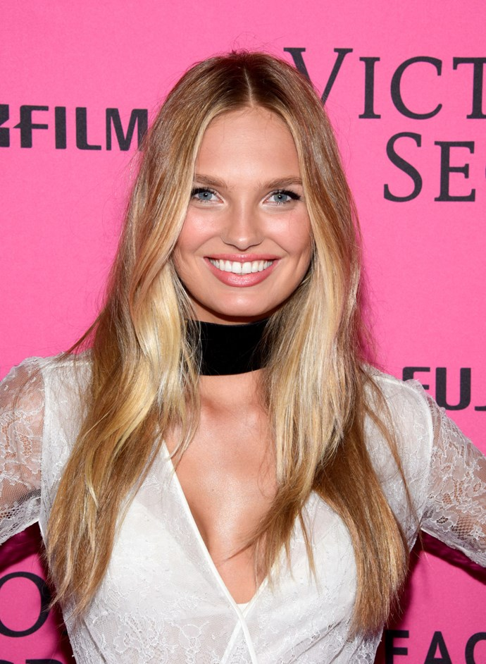 **FACE-FRAMING BALAYAGE**   Why rock one hair colour, when you can have two? Romee's lengths have been brightened up with flashes of creamy blonde around her face.