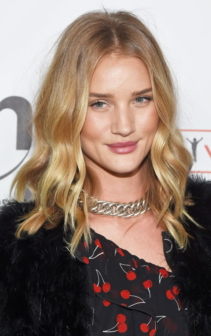 **CARAMEL LOCKS**   Rosie Huntington-Whitely enhances her complexion with warm-caramel highlights that frame her face.