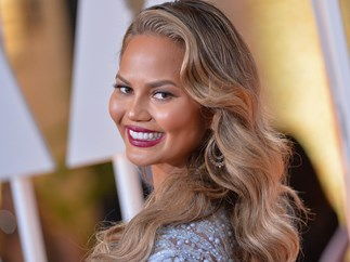 Chrissy Teigen hilariously trolls Donald Trump during the inauguration