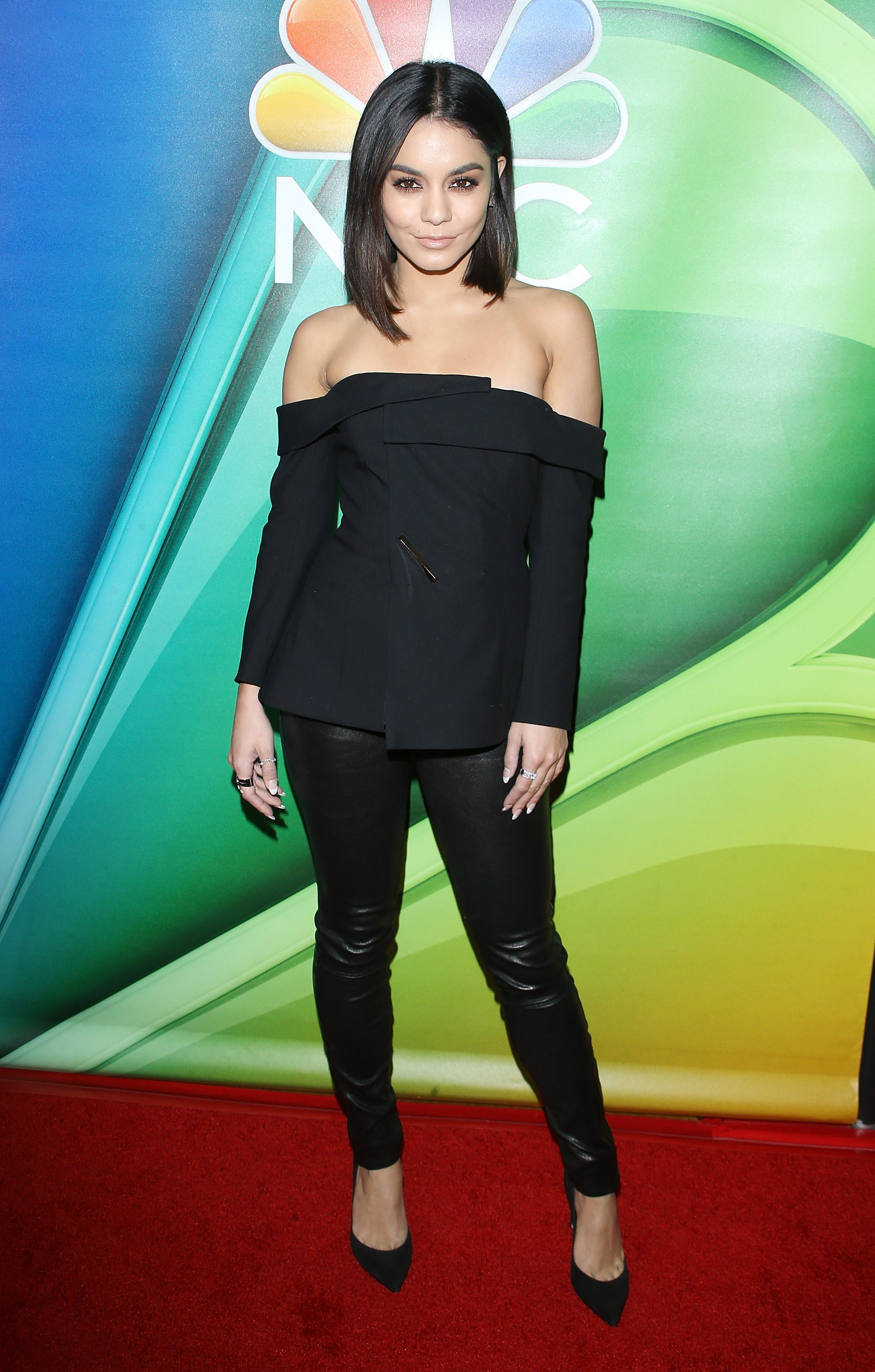 Vanessa Hudgens just channelled Sandra Dee from *Grease* in this off-the-shoulder black top, fitted pants and DGAF heel combo (despite actually playing the role of Rizzo in the [Grease Live](http://www.cosmopolitan.com.au/celebrity/vanessa-hudgens-grease-live-there-are-worse-things-i-could-do-6873) show) and yep, she totally #nailedit.