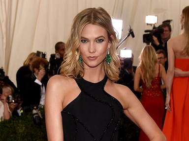 Karlie Kloss has issued an apology for that 'Geisha' editorial in 'Vogue'