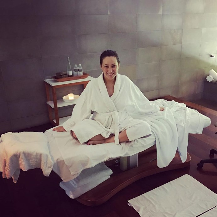 Here she is taking some quality ~ReLaXaTiOn~ time in a day spa.