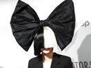 Sia went out without her face-hiding wig and we are shook