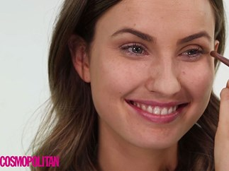 VIDEO: How to nail a (really easy) subtle winged eye