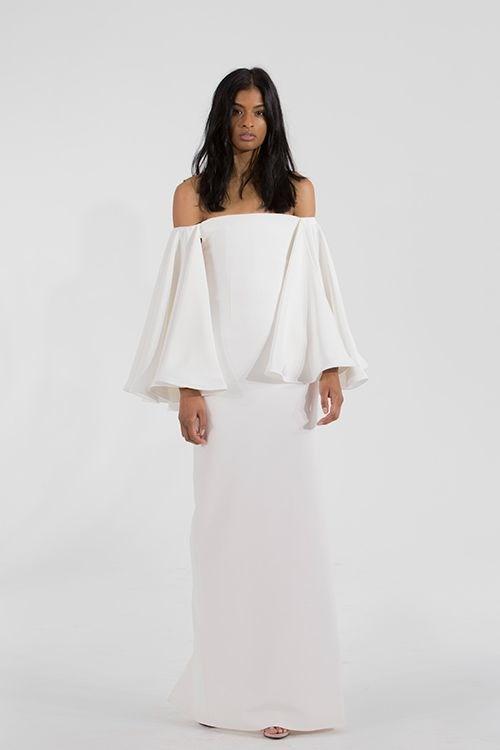 "**5. Off-The-Shoulder Wedding Dresses**   Via [Pinterest](https://au.pinterest.com/pin/535506211928864752/ target=""_blank"" rel=""nofollow"")"