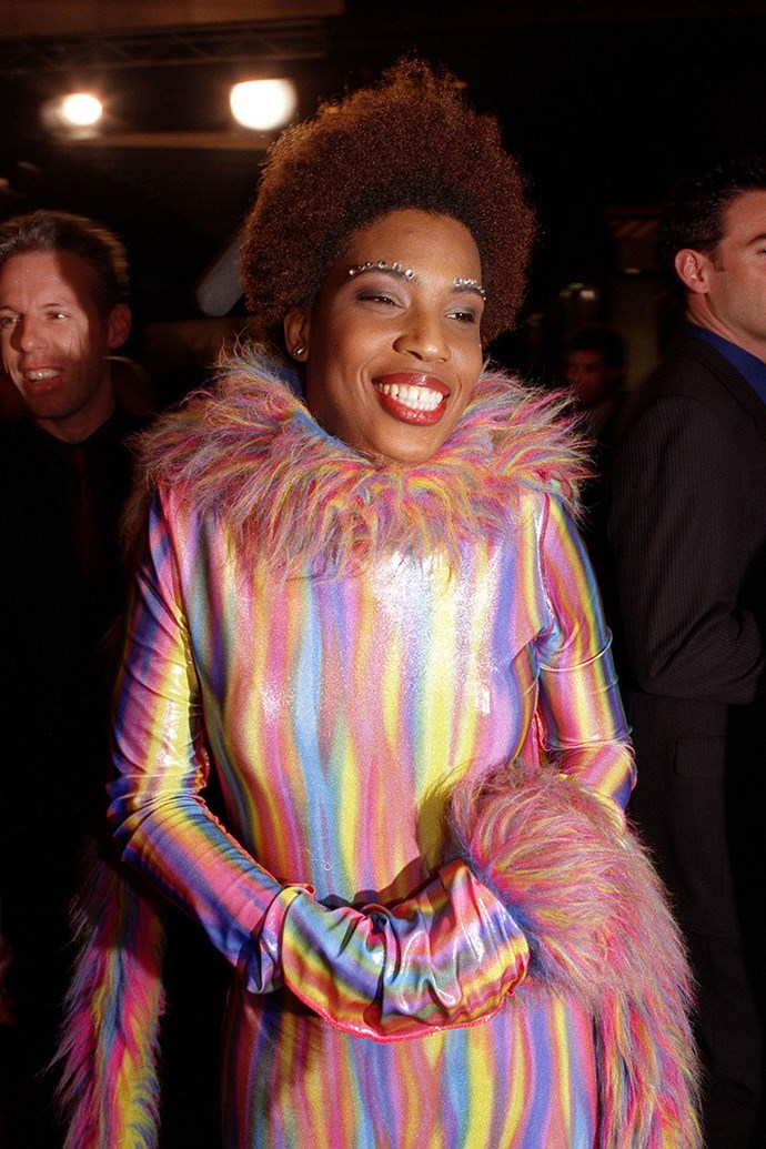 **Macy Gray** made sure she didn't fly under the radar in 2000.