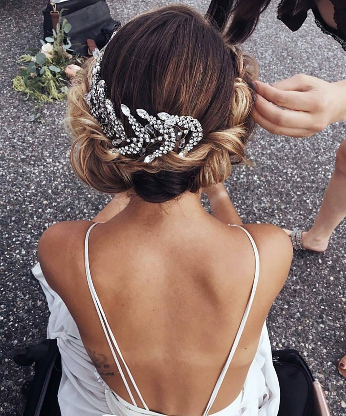 To perfectly showcase a twisted or braided style, choose accessories that match the shape and feel of the hairstyle you choose.