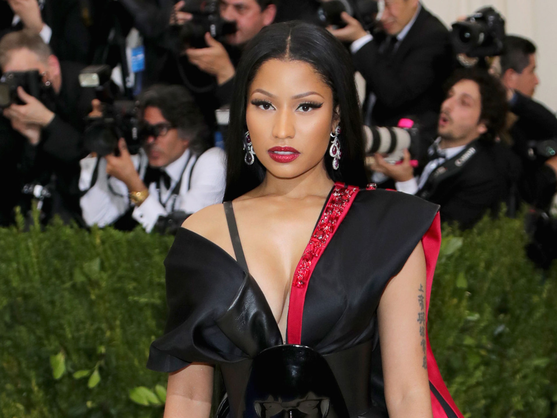 Nicki Minaj to wear H&M at 2017 Met Gala