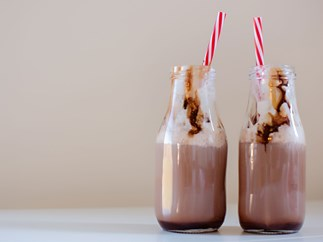 ATTN: You can now buy choccy ALMOND milk from the supermarket