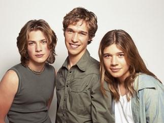 Young Hanson band Taylor, Isaac and Zac
