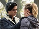 What does this photo of Betty and Jughead mean for Riverdale season two?