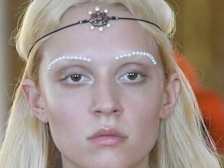 Pearl Make Up