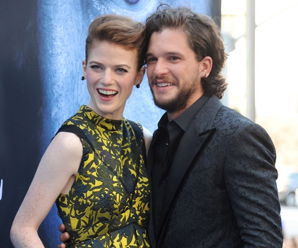 kit harington rose leslie engaged