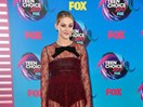 Riverdale's Lili Reinhart almost had a major wardrobe malfunction at the 2017 Teen Choice Awards
