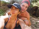 Sarah Hyland and Dominic Sherwood just broke up you guys