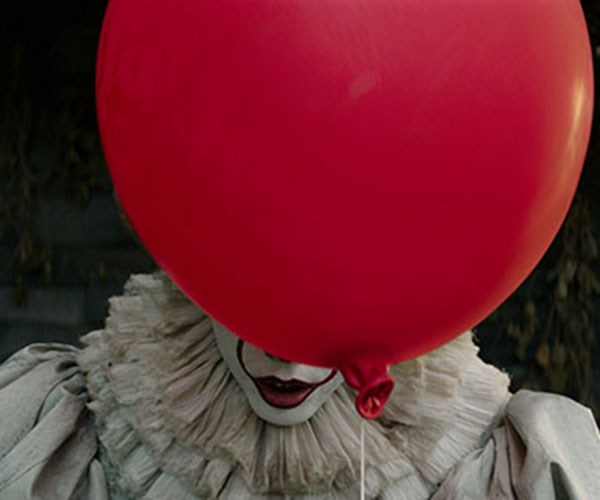 It movie Pennywise balloon