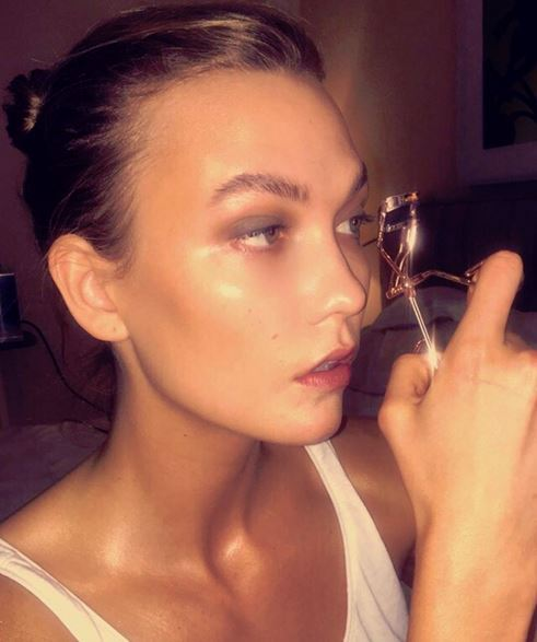 Just look at **Karlie Kloss'** on FLEEK brows!