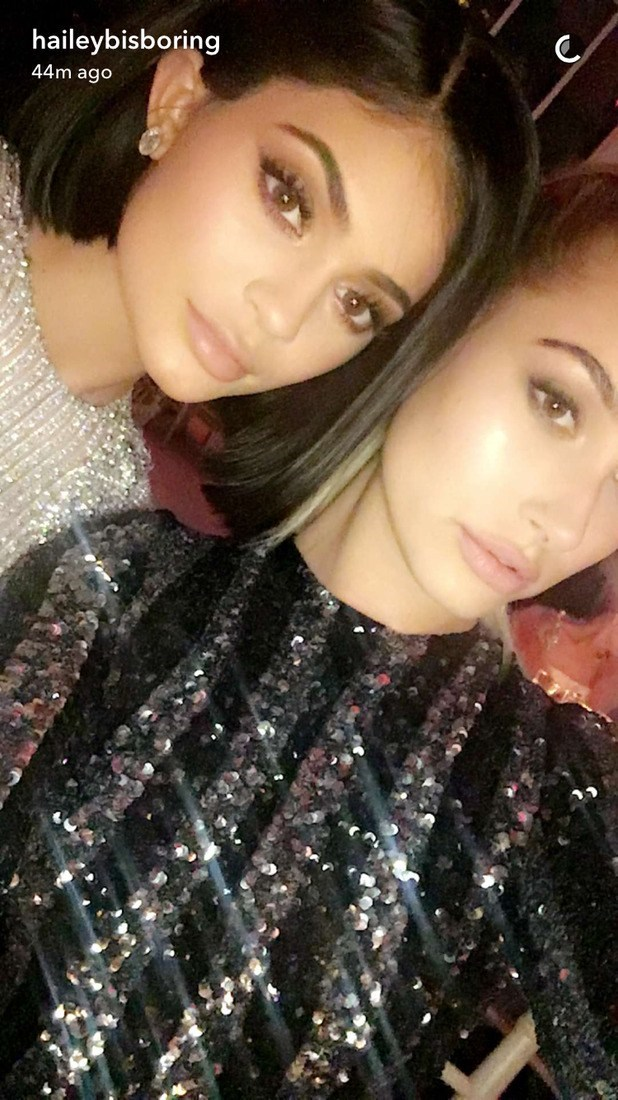 As if **Hailey Baldwin** and **Kylie Jenner** could refrain from a sparkly selfie?