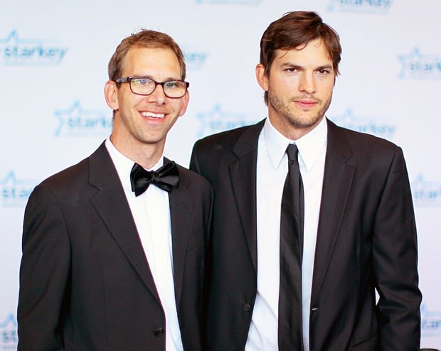 **Ashton & Michael Kutcher** might be our fave set of twins. The two are BFFs and Ashton has always been there for Michael who lives with cerebral-palsy <3