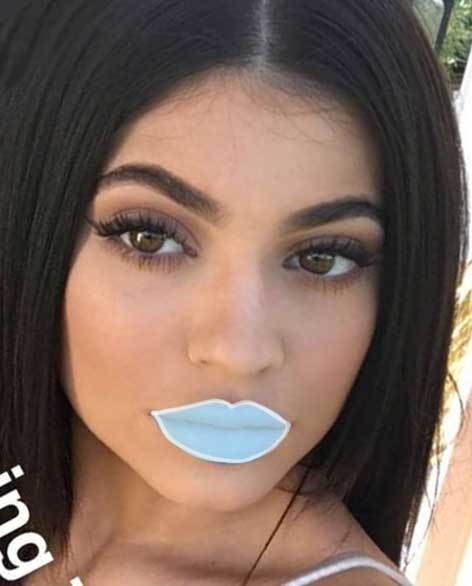 Kylie would be wearing a Limited Edition Lip Kit in the shade of ~pure white~.