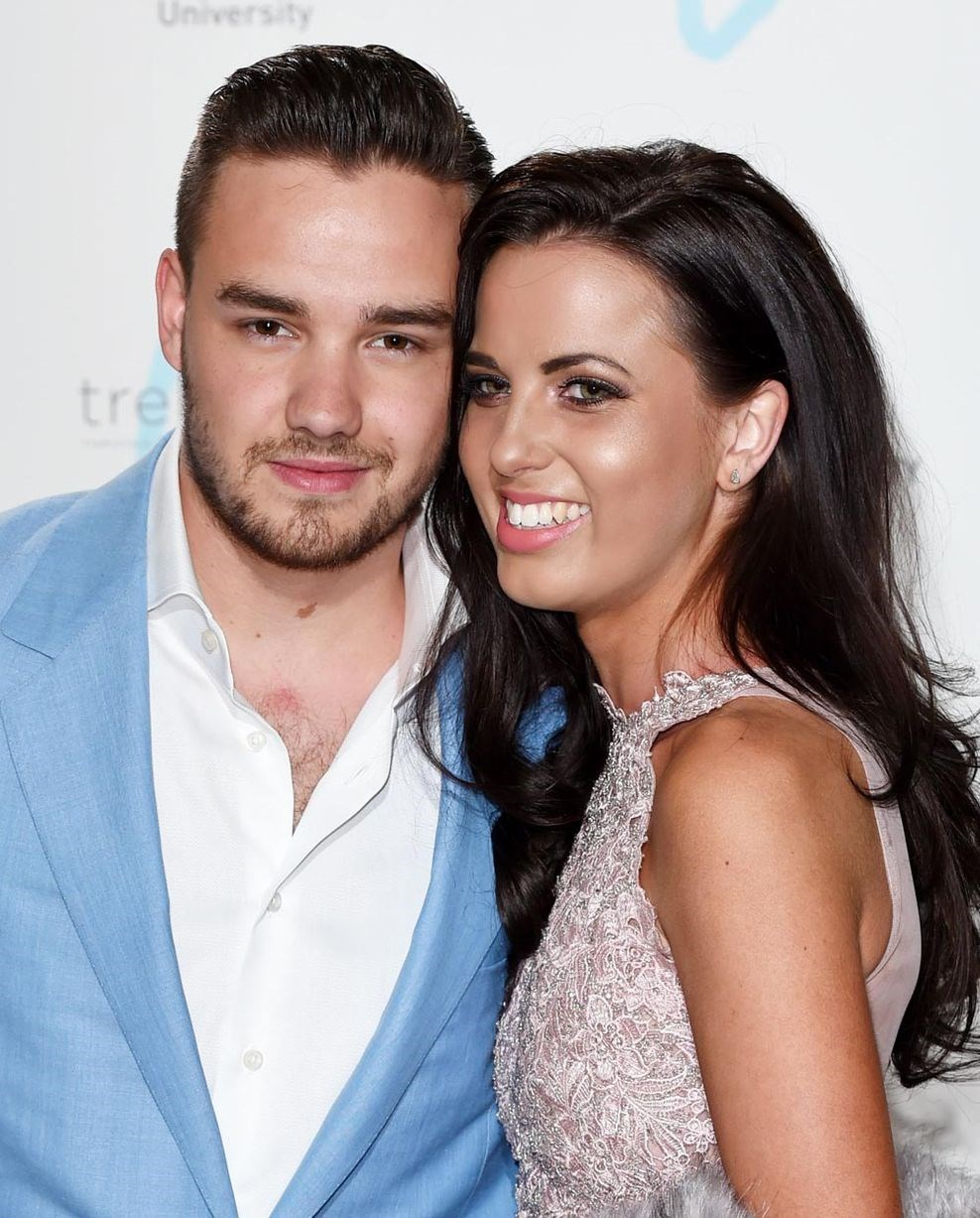**Liam Payne and Sophia Smith:** Following their breakup after a smooth two-year relationship, things got a bit messy. Liam deleted ALL of his photos of Sophia from Instagram, and Sophia - who was originally VERY private - made her social media profiles public.