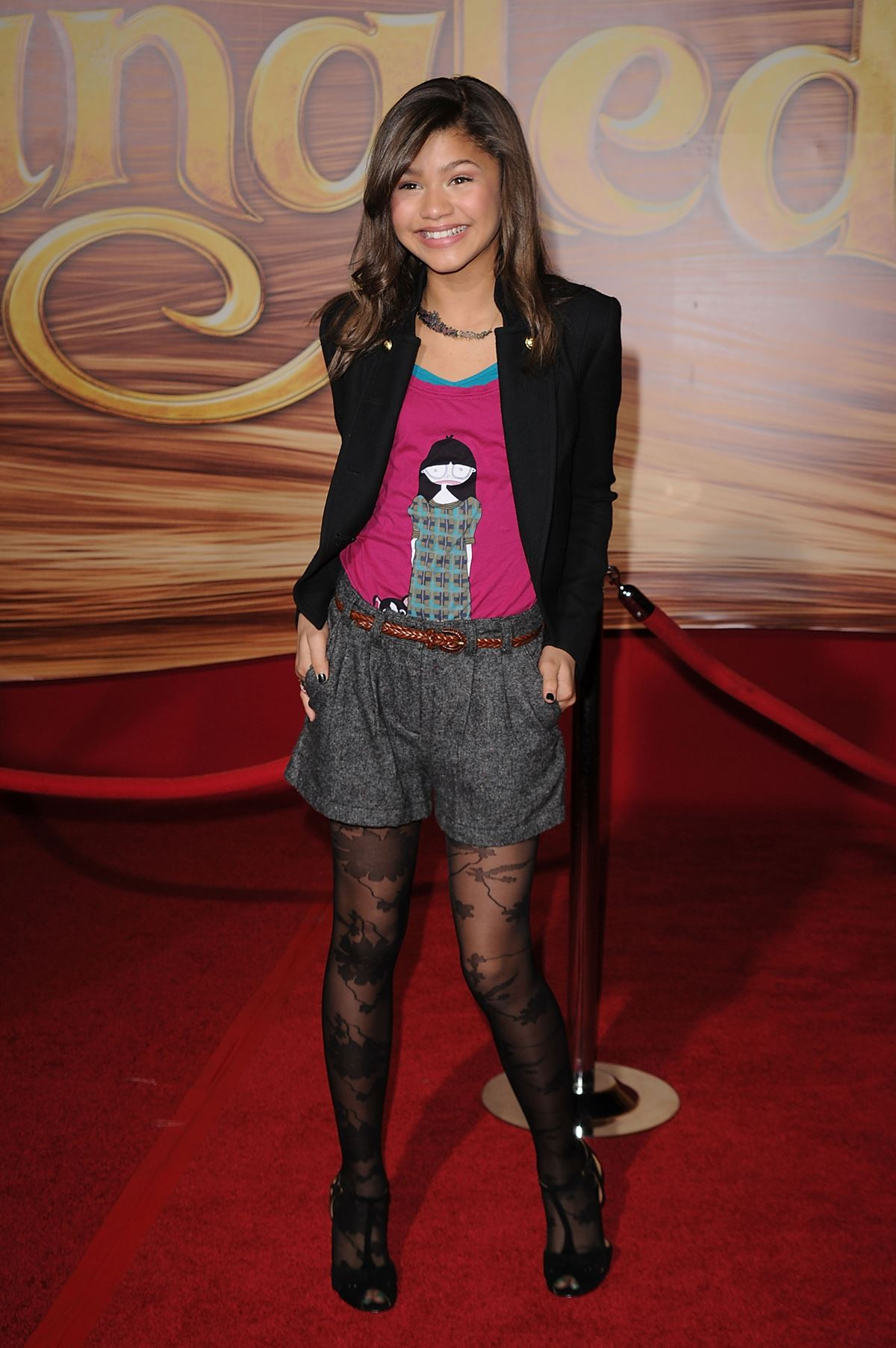 She'd only been on everyone's radar for less than a year but already was already getting invited to all the events, such as the premiere of *Tangled* in November 2010. Lovin the tights and shorts combo, Z.