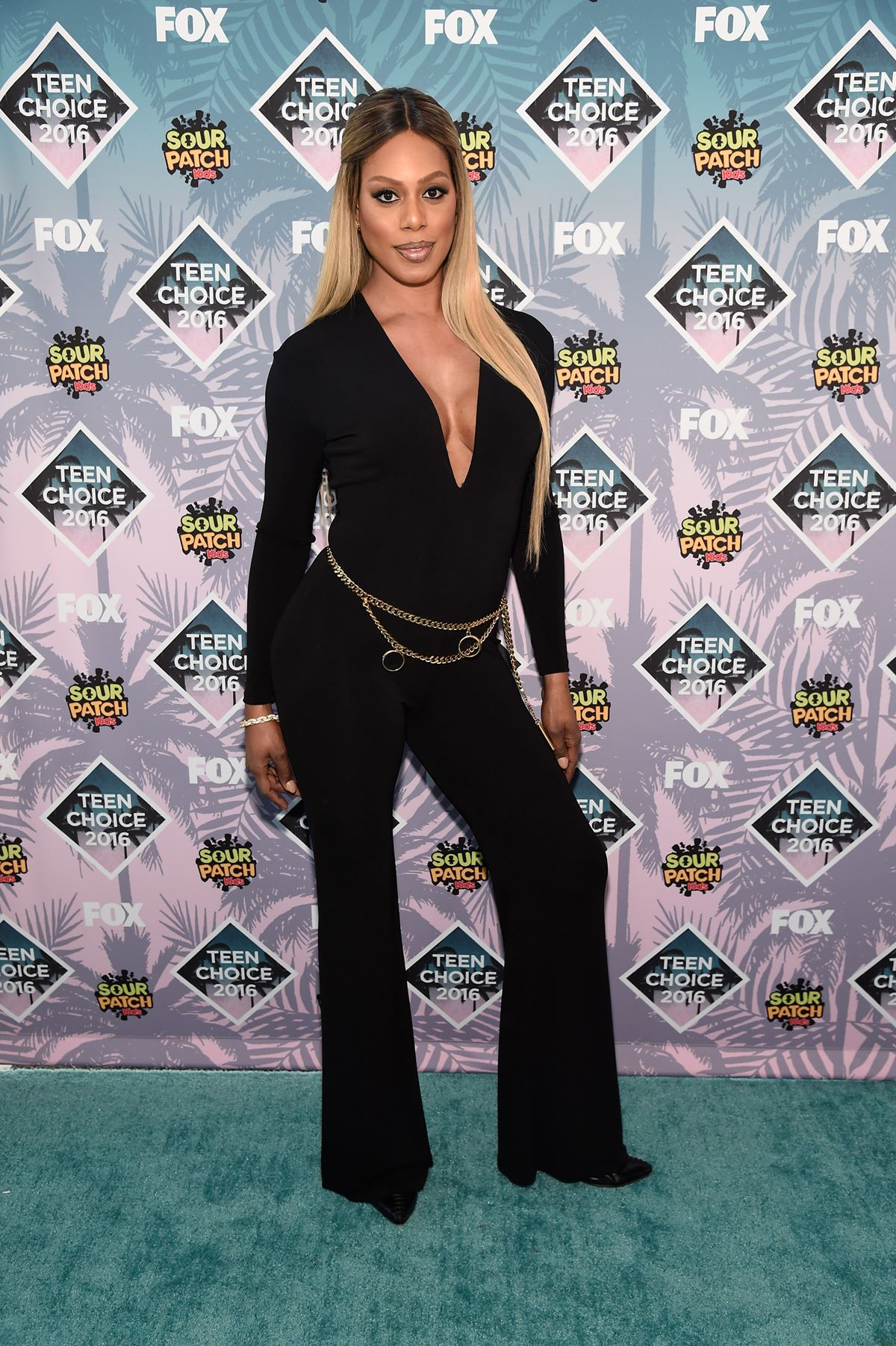 **Laverne Cox** is all about those ~dIvA~ vibes.