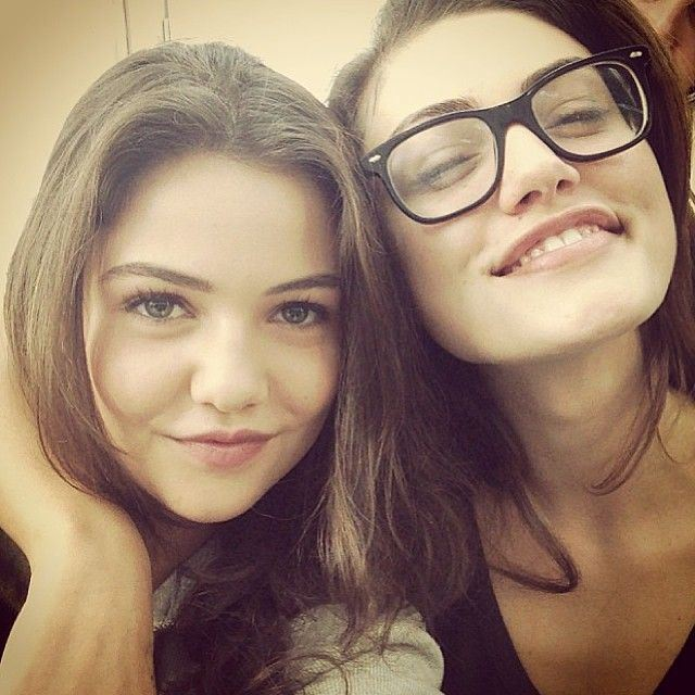 The BFF duo most likely to banish evil supernatural creatures? Phoebe Tonkin and Danielle Campbell 4sure.
