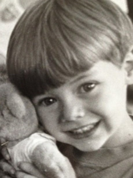 ZOMG! Harry was the ultimate cutie as a kid - just LOOK at that face!