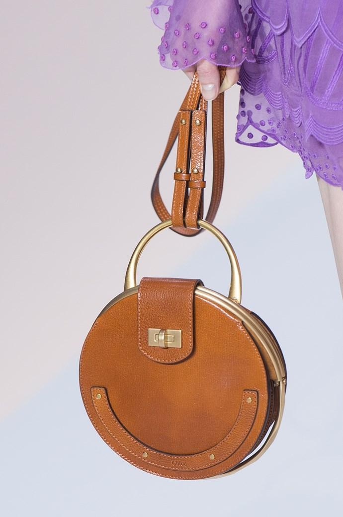 Circle<br><br> Chloé pixie bag