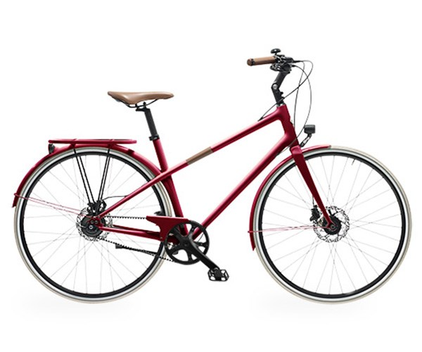Le Flaneur d'Hermes Carbon Fiber Bicycle, $11,900 USD at [Hermès](http://usa.hermes.com/home/sports/bicycle-2/m-flaneur-60951.html?utm_campaign=eCommerce_VeloFlanneur_Internal_US&utm_source=Ombrelle&utm_medium=AllDevices&utm_term=Vignette).