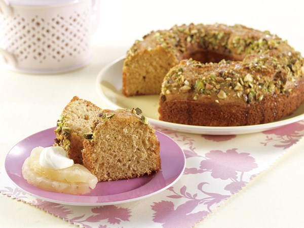Pistachio golden syrup cake