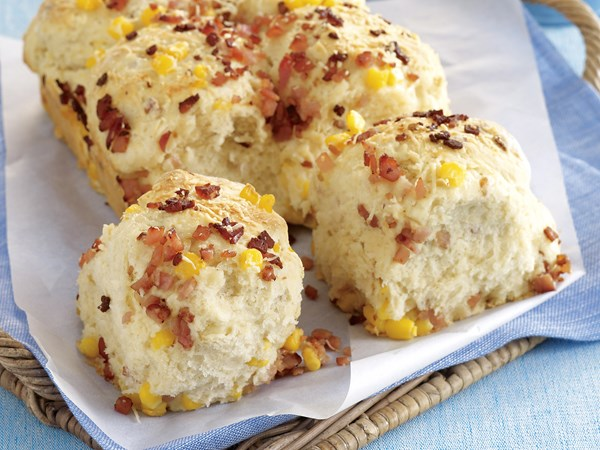 Cheese, bacon and corn pull apart