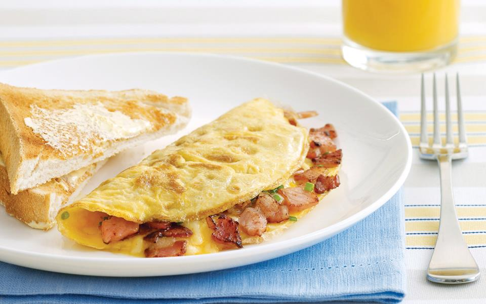 Bacon and cheese omelette recipe | FOOD TO LOVE