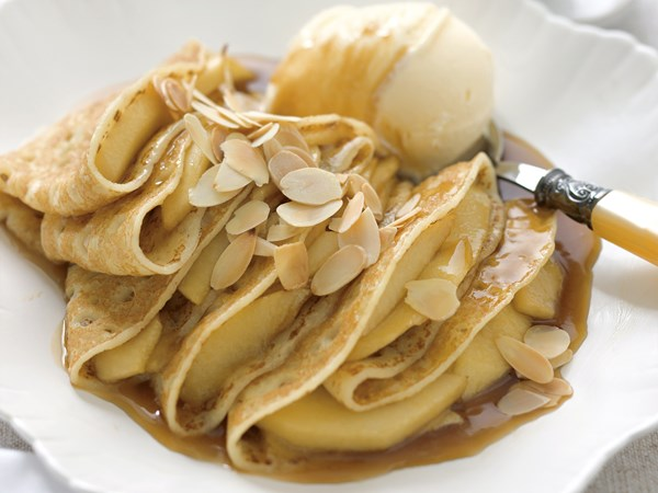 Apple and almond crepe suzette
