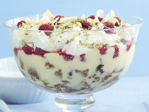 Lemon delicious trifle