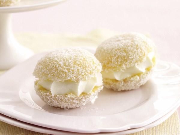 Lemon Jelly Cakes