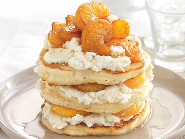 Pancakes with ricotta and mandarin