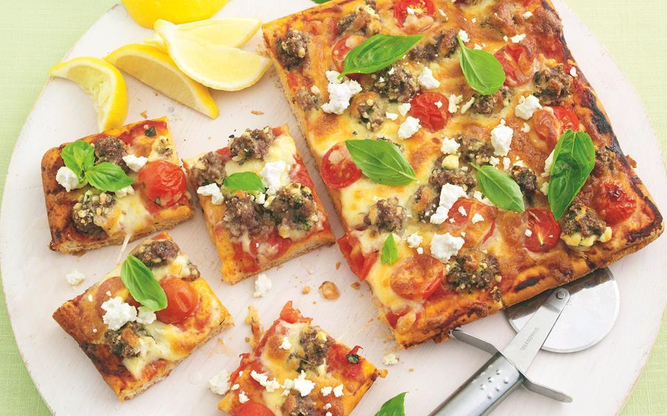 tomato basil feta and garlic pizza recipes dishmaps tomato basil feta ...