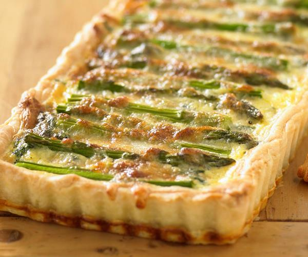 Tasty roasted asparagus, gruyere and spinach quiche recipe | Food To ...