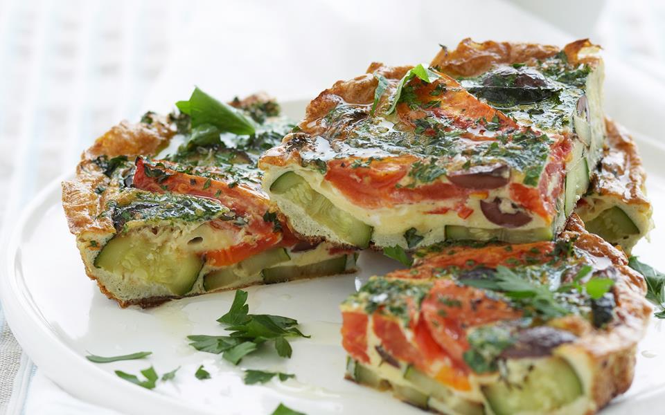 Zucchini and tomato frittata recipe | FOOD TO LOVE