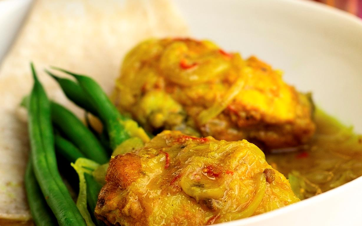 Turmeric chicken recipe food to love turmeric chicken forumfinder Image collections