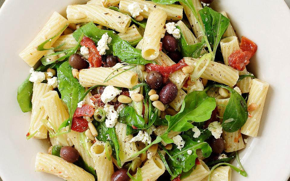 Pasta with rocket, feta and roasted peppers recipe | FOOD TO LOVE