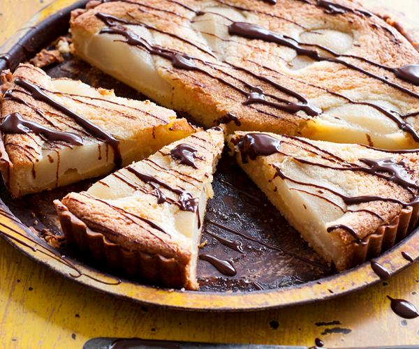 Poached pear tart with warm chocolate sauce recipe | Food To Love