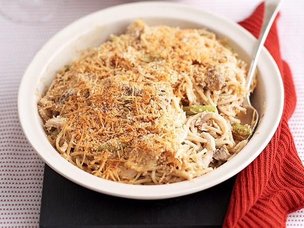 Chicken carbonara baked pasta