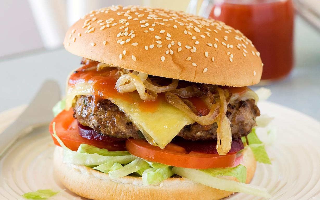 classic burger recipe. Black Bedroom Furniture Sets. Home Design Ideas
