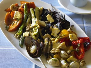Roasted vegetables with blue cheese and walnuts