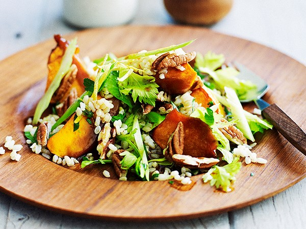 Brown rice and roast pumpkin salad