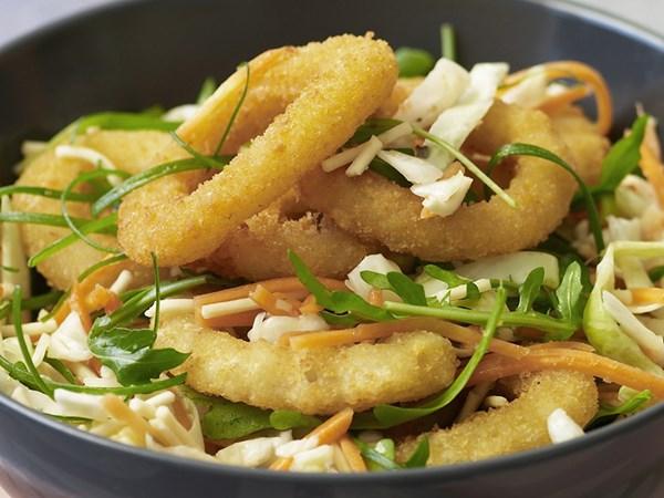 Calamari with crunchy noodle coleslaw
