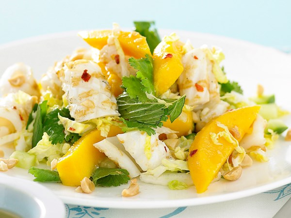 Calamari with mango and peanuts